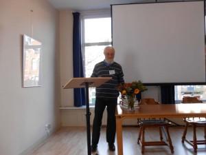 Ionet Onet prezentas novaĵojn de la Libroservo de UEA dum MT 2013 (Elsendo el 06.12.2013)